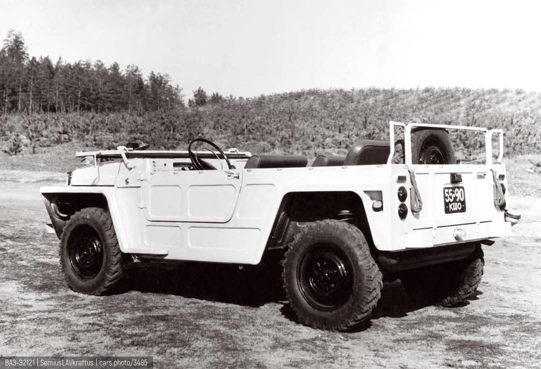 ВАЗ-Э2121