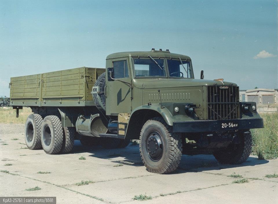 КрАЗ-257Б1